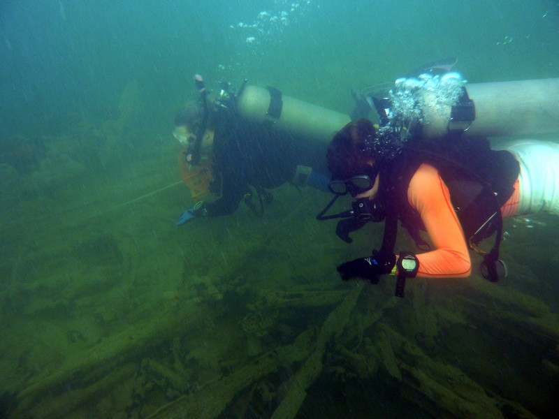 Diving on the Shipwreck