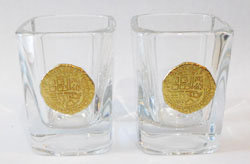 SHOT GLASSES SET: REPLICA 4 ESCUDO GOLD COIN