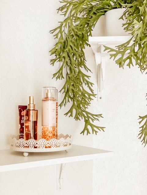 shelf styling idea for tiny closets. Small closet makeover tour.