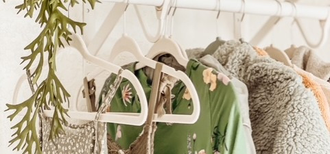 3 Tidy Tips That Will Maximize Your Small Closet Space