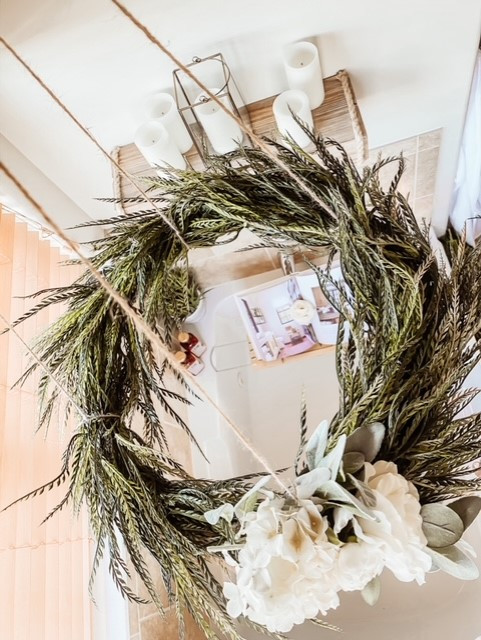 The Gifted Wreath is sharing spa styling must-have tips..