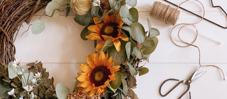 The Ultimate Wreath Storing Hack- Start Storing your Seasonal Wreaths Like This.
