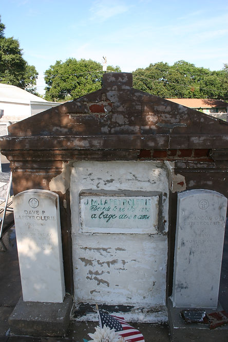 New Orleans tomb restoration repair cleaning painting