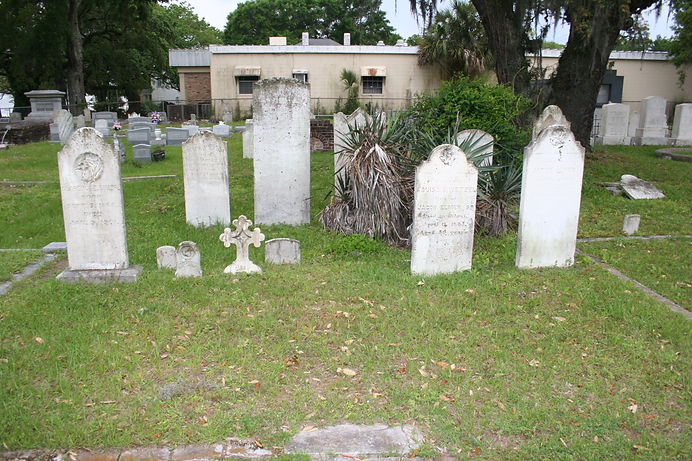 New Orleans cemetery repair, tomb restoration, cemetery restoration, tomb repair cleaning painting