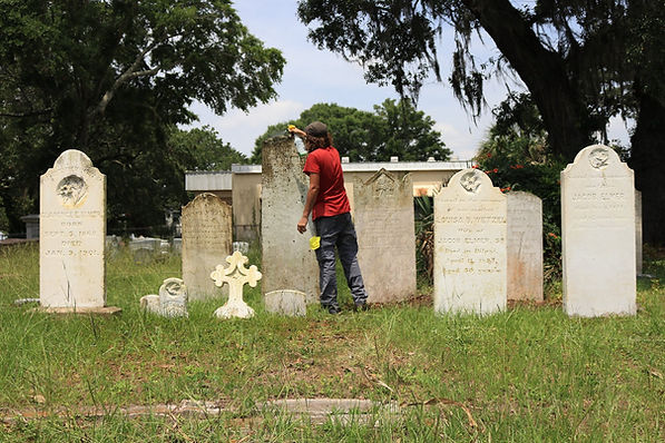 New Orleans cemetery restoration, tomb repair, tomb restoration grave cleaning painting renovation