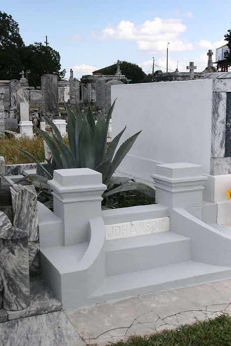 New Orleans cemetery restoration, tomb repair, cemetery repair, tomb restoration, grave cleaning painting renovation