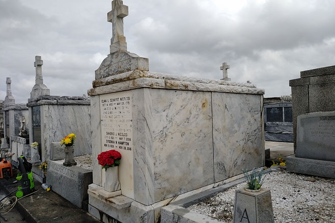 New Orleans cemetery restoration, tomb repair, cemetery repair, tomb restoration, New Orleans grave, tomb cleaning, painting, renovation, maintenance