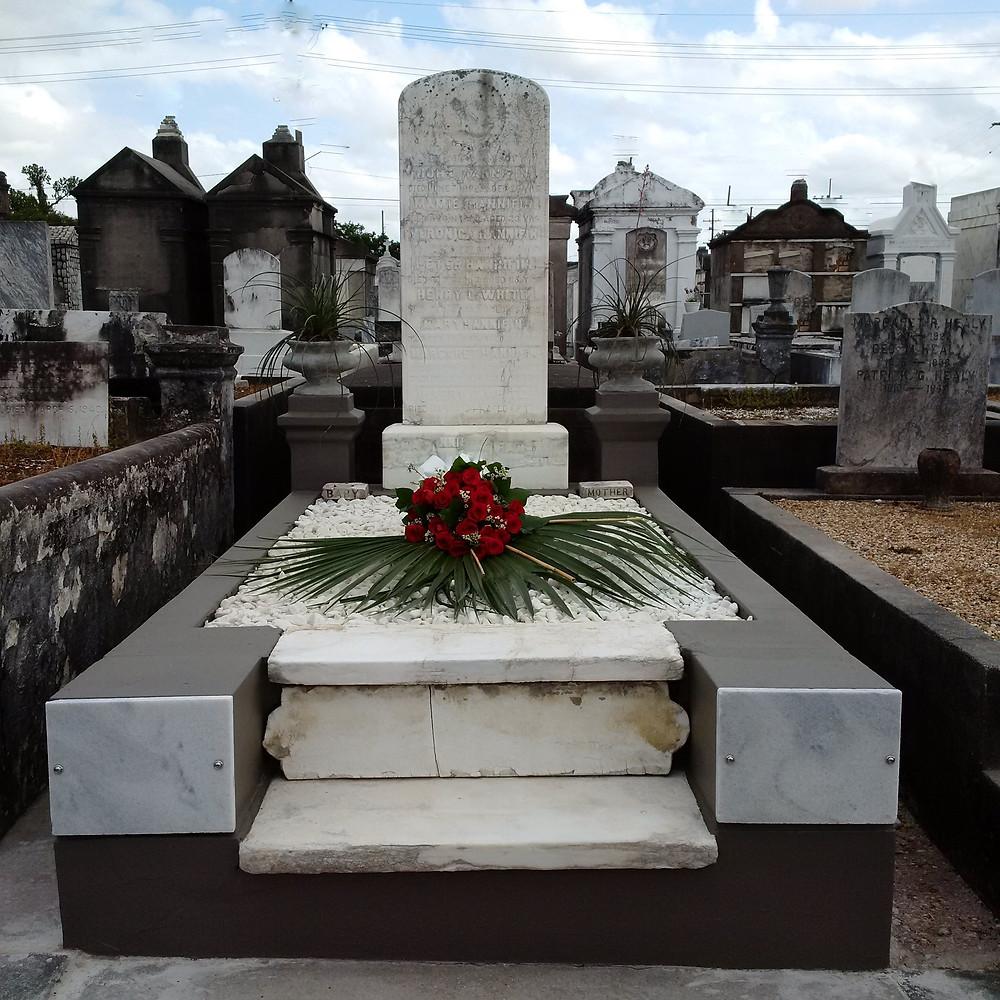 New Orleans cemetery repair, tomb restoration, cemetery restoration, tomb repair, grave cleaning painting renovation, headstone repair