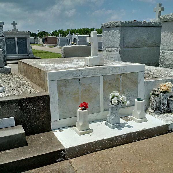 New Orleans cemetery repair, tomb restoration, tomb repair cleaning painting headstone