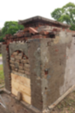 New Orleans cemetery repair, tomb restoration, tomb repair maintenance grave cleaning painting headstone