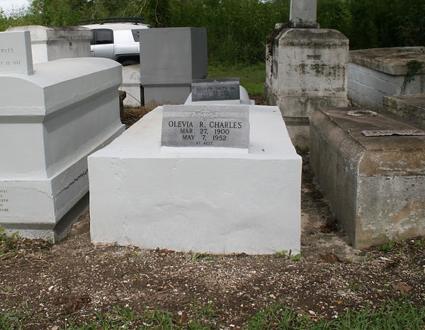 New Orleans tomb repair cemetery cleaning painting restoration