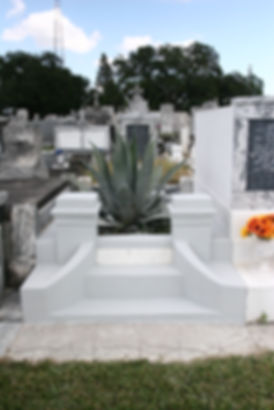 New Orleans cemetery repair, cemetery restoration, tomb repair, tomb restoration, grave cleaning painting renovation