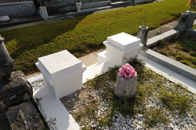 New Orleans cemetery restoration, tomb repair, cemetery repair, tomb restoration, New Orleans grave tomb cleaning painting, renovation, maintenance