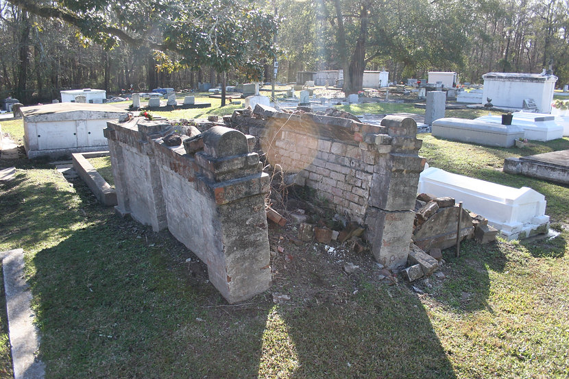 New Orleans cemetery restoration, tomb restoration, tomb repair, cemetery repair, New Orleans tomb grave cleaning painting
