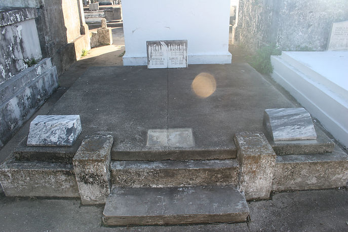New Orleans Cemetery Repair Tomb Grave Cleaning Painting Service