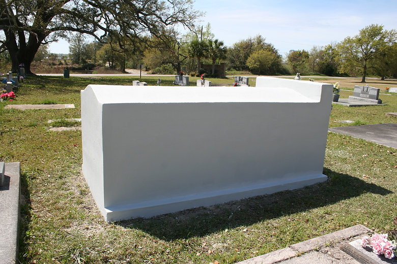 New Orleans cemetery restoration, tomb repair, cemetery repair, tomb restoration, New Orleans grave tomb cleaning painting