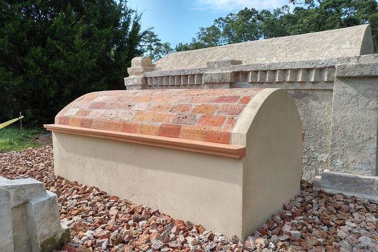New Orleans cemetery restoration, tomb repair, cemetery repair, tomb restoration, New Orleans tomb grave cleaning painting renovation