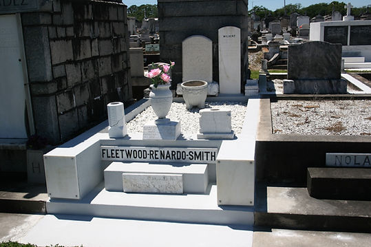 New Orleans tomb repair, cemetery repair, tomb restoration grave maintenance cleaning painting repair
