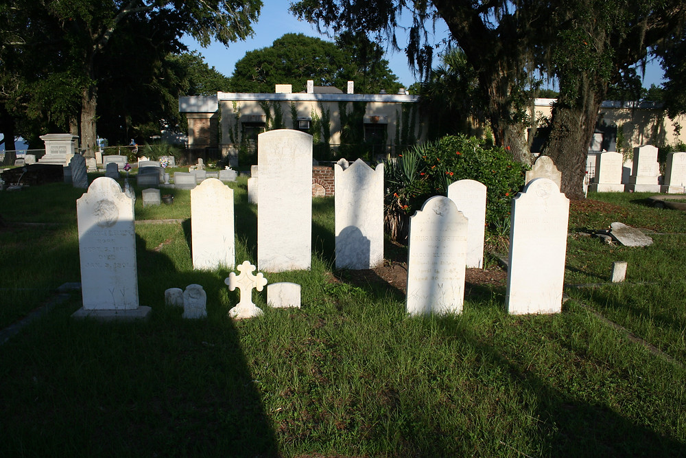 New Orleans cemetery restoration, cemetery repair, tomb restoration, tomb repair cleaning painting