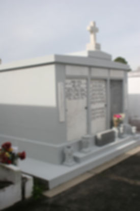 New Orleans tomb restoration cemetery repair tomb repair cleaning painting