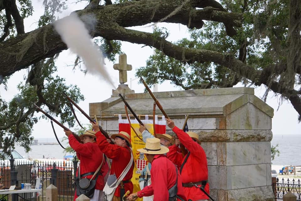 New Orleans cemetery repair, tomb restoration, cemetery restoration, tomb repair. grave tomb cleaning painting renovation