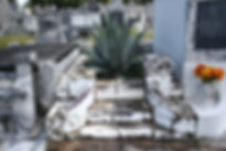 New Orleans cemetery repair, cemetery restoration, tomb repair, tomb restoration, grave cleaning painting