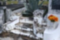 New Orleans cemetery repair, cemetery restoration, tomb repair, tomb restoration, grave cleaning painting