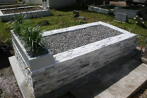 New Orleans cemetery repair, tomb restoration, cemetery maintenance, tomb grave cleaning painting