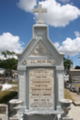 New Orleans tomb restoration, cemetery repair, tomb repair grave cleaning painting