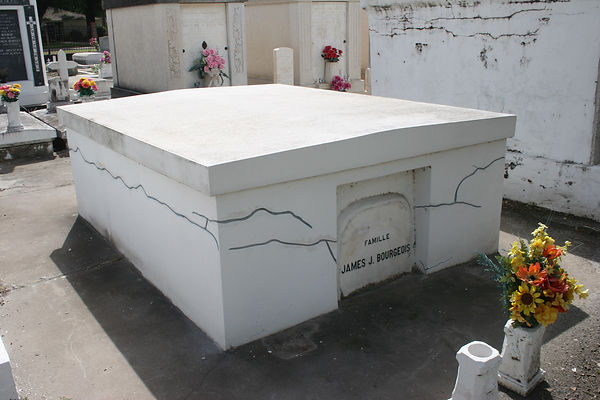 New Orleans Cemetery Tomb Grave Repair Restoration Cleaning Painting Service