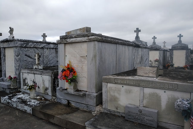 New Orleans cemetery restoration, tomb repair, cemetery repair, tomb restoration, New Orleans tomb, grave cleaning painting, renovation