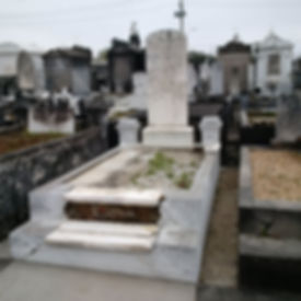 New Orleans tomb repair, cemetery restoration, tomb cleaning painting