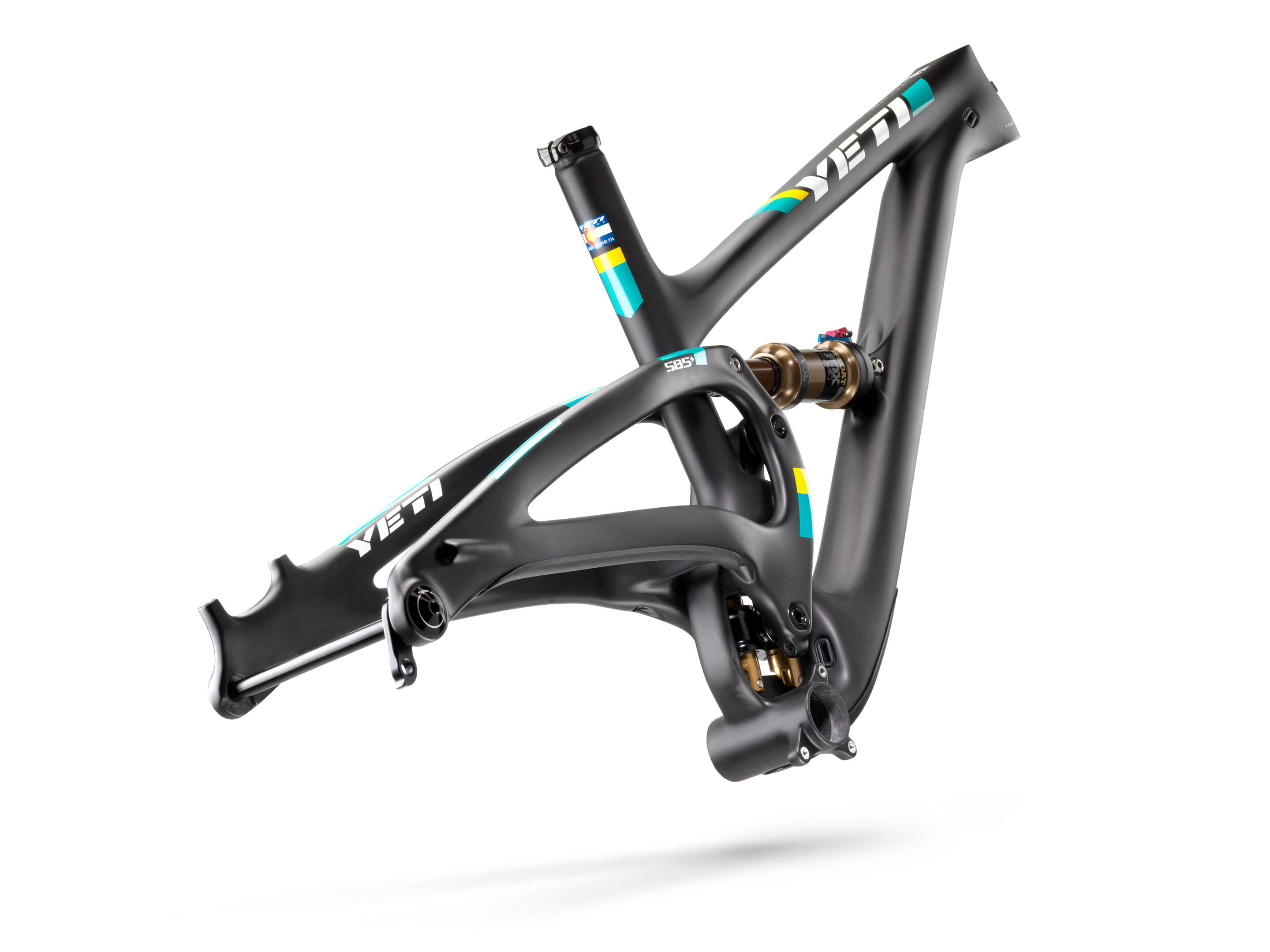 2018_YetiCycles_Frame_SB5_Plus_TS_Black_03