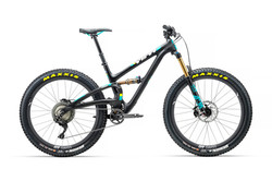 2018_YetiCycles_SB5_Plus_TS_Black_XT_XMC