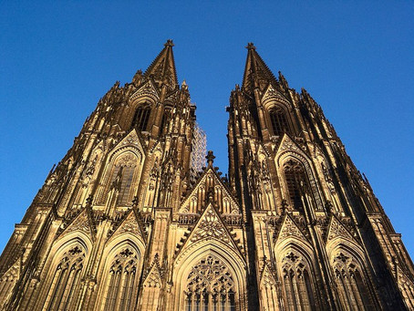The medieval cathedral: a reception history