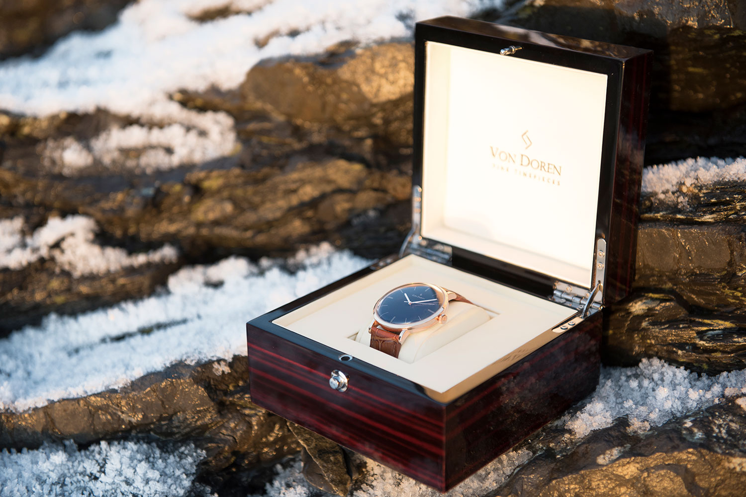 Von Doren black rose gold in box