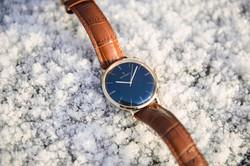 Von Doren klokke på snø