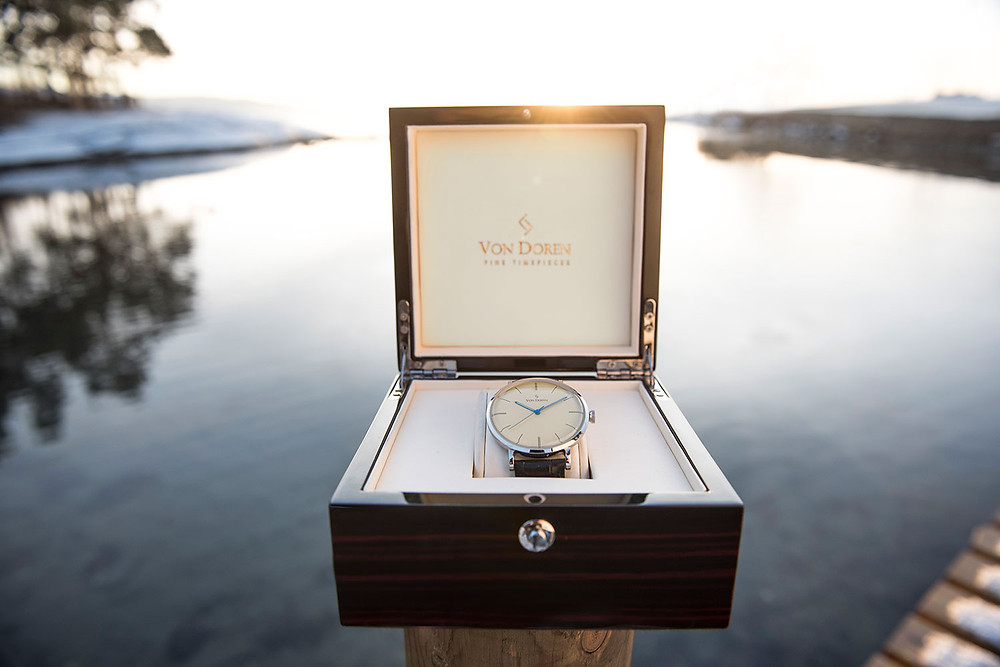 Von Doren watch in its wooden box
