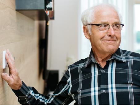 Cải thiện cuộc sống người cao tuổi, người khuyết tật và bệnh nhân với Loxone
