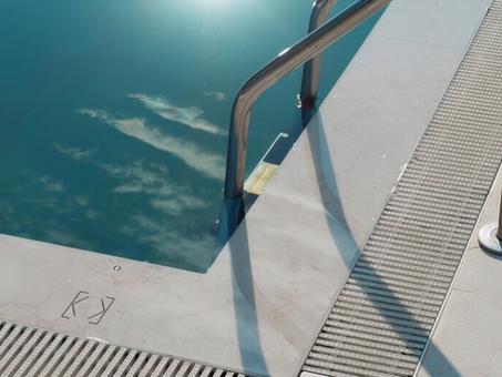 Touch Surface - Biểu tượng của sự sang trọng và tiện nghi cho biệt thự