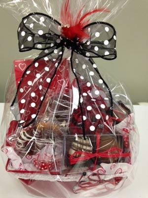 Valentine - Gift Basket