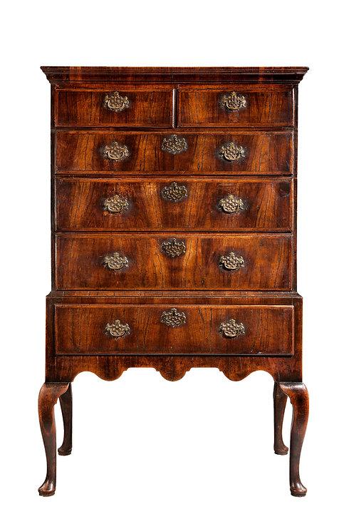 Antique Furniture| Local Antique Furniture Buyers