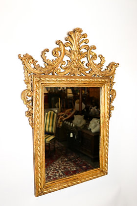 Hand-carved Italian Giltwood Mirror