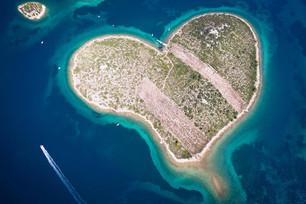5 ilhas escolhidas como destino perfeito para casais em lua-de mel