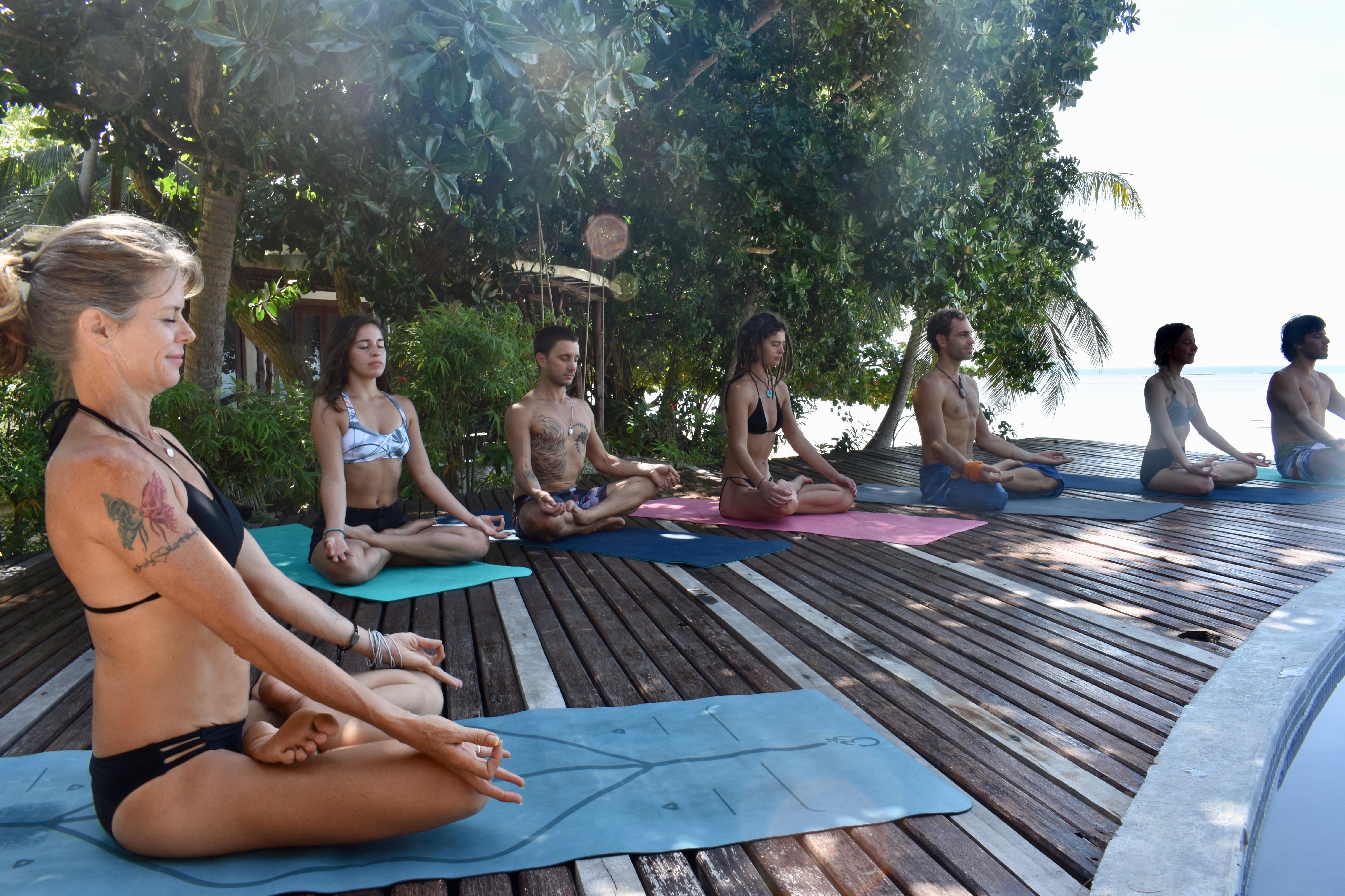 AYS b52 yoga