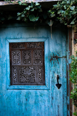2019_HGW_Wildcat Mountain blue shed door