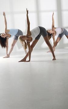 céges jóga, jóga menedzsereknek, menedszer jóga, magán jóga,  office jóga, iroda jóga, teljesítménynövelés