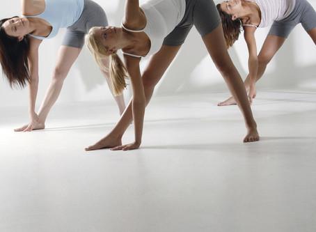 YOGA Y PRODUCTIVIDAD EN EL TRABAJO ¿ Cómo afecta la práctica de yoga a nuestra empresa?