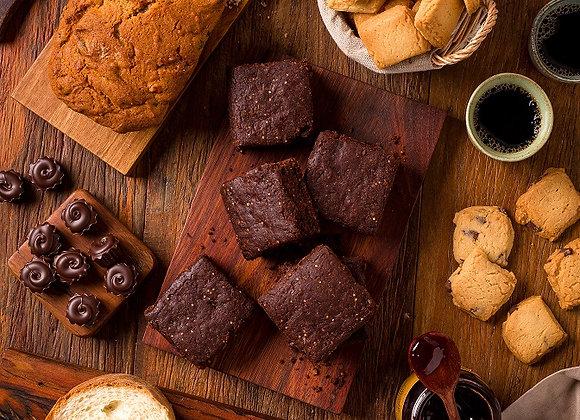 Kit São Rafael Barón: 1 Monk´s Cake, 2 Brownies, 3 Biscoitos, 1 Geleia, 1 Choco