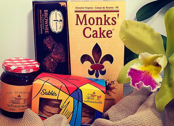 Kit Santa Escolástica: 1 Monk´s Cake, 1 Brownies, 1 Geleia e 2 Sablés